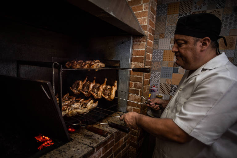 Nilvan Bessa comanda a churrasqueira e a cozinha do Lousã