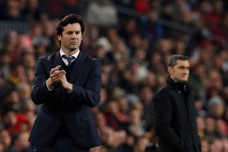 Santiago Solari (à esq.) e Ernesto Valverde, técnicos de Real Madrid e Barcelona