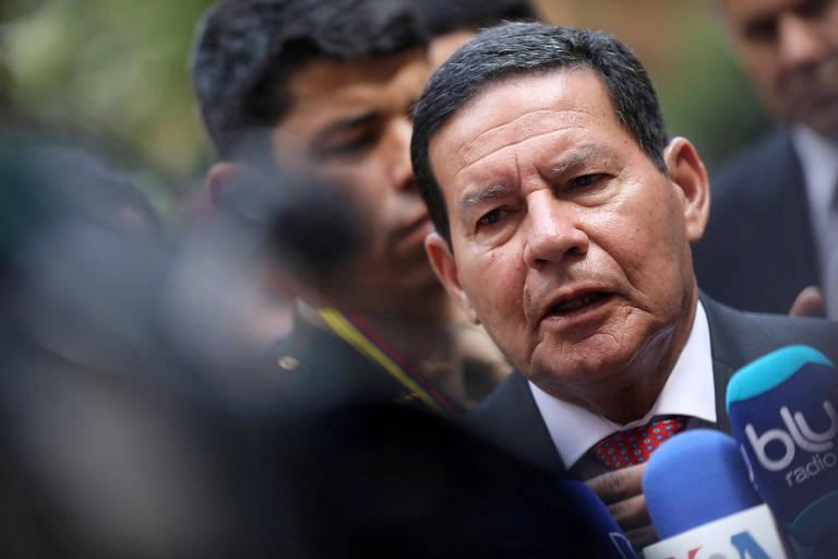 Hamilton Mourao dá entrevista coletiva, depois do encontro do Grupo de Lima em Bogotá