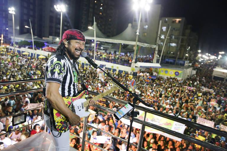 Bell Marques durante o circuito Barra Ondina no carnaval de Salvador