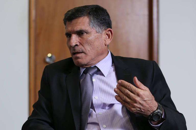 O ministro Carlos Santos Cruz (Secretaria de governo), que coordena a reestruturação na EBC