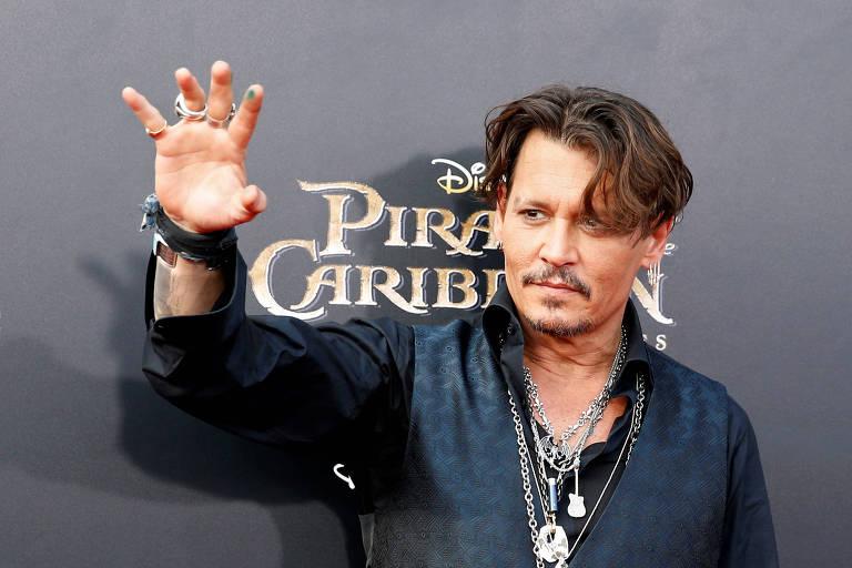 """Johnny Depp na estreia do filme """"Pirates do Caribe: A Vingança de Salazar"""", na China"""