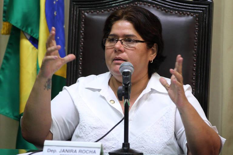 A ex-deputada estadual Janira Rocha (PSOL-RJ), durante sessão na Alerj