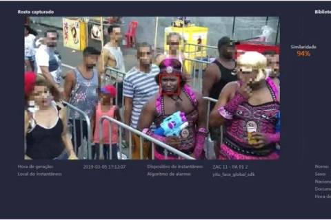 Vestido de mulher, homem é preso no Carnaval após reconhecimento facial na BA