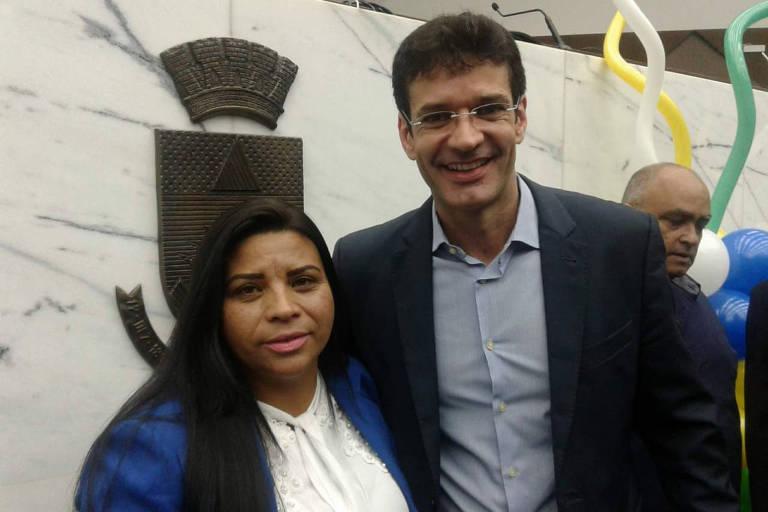 A então candidata Zuleide Oliveira com Marcelo Álvaro Antônio