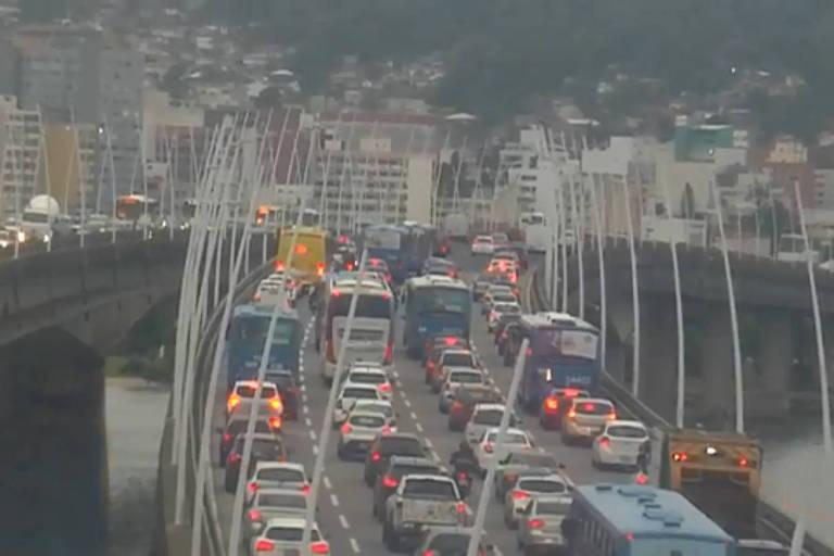 Destino de verão, Florianópolis tem um dos piores trânsitos do país
