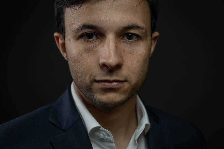 Retrato feito na Alesp (Assembleia Legislativa do Estado de São Paulo) do Deputado Estadual Daniel José, candidato do Novo à presidência da Casa (NOVO)
