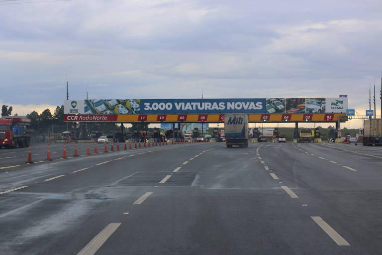 Praça de pedágio na BR 277, no Paraná, uma das operadas pela empresa do grupo CCR