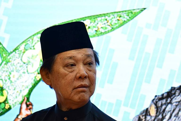 Ministro do Turismo da Malásia diz que não há gays no país