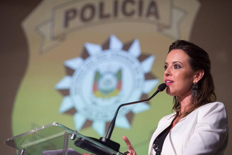 A delegada-chefe da Polícia Civil, Nadine Tagliari Farias Anflor, em cerimônia de posse em 2019