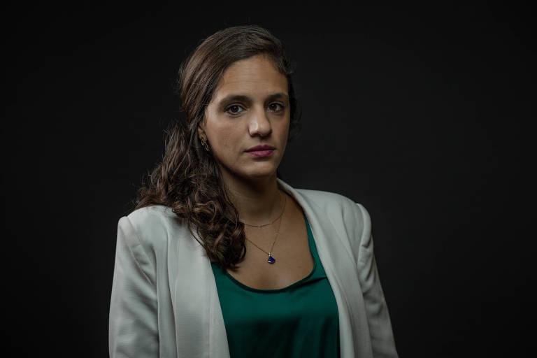 Retrato feito na Alesp (Assembleia Legislativa do Estado de São Paulo) da deputada estadual Marina Helou (REDE)
