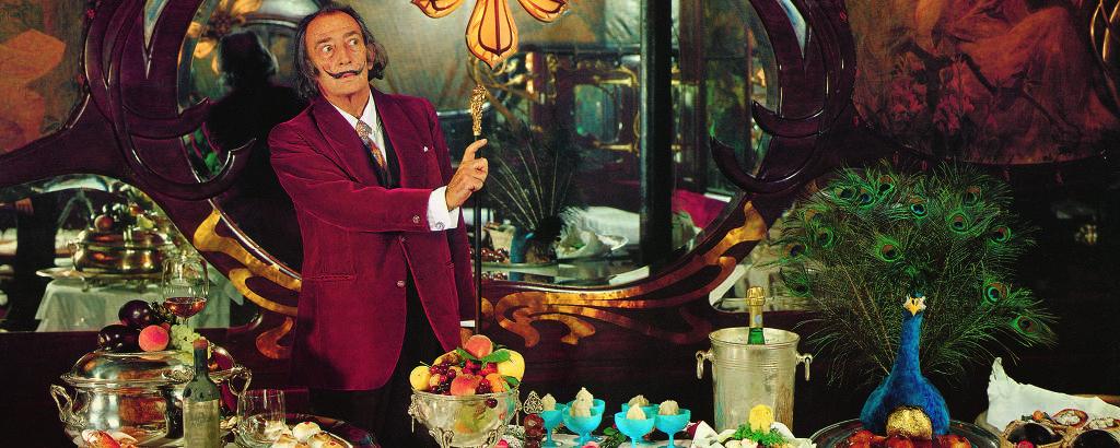 """Imagem de """"Les Dîners de Gala"""", de Salvador Dalí, lançado pela Taschen"""