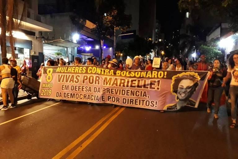 Ato durante Dia Internacional da Mulher em São Paulo