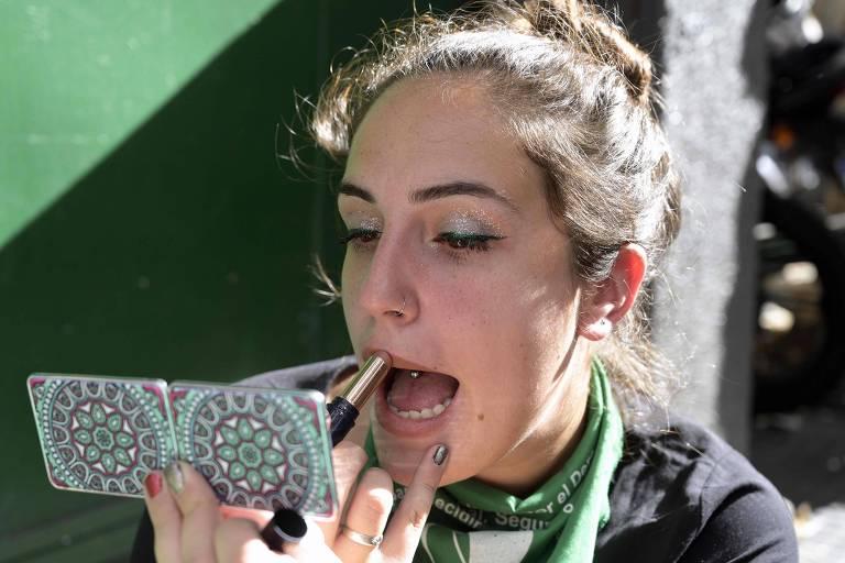 Como evitar lábios rachados no frio