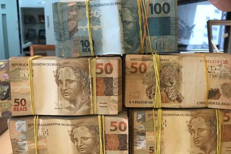 Dinheiro apreendido durante a Operação Abate, uma das etapas da Lava Jato