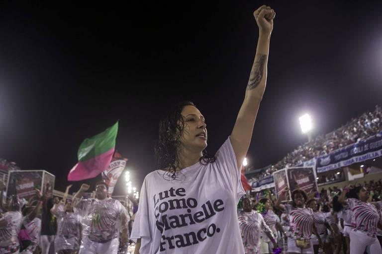 Mônica Benício durante ensaio da Mangueira no Rio, no mês passado; a escola homenageou a vereadora Marielle Franco em seu desfile neste ano
