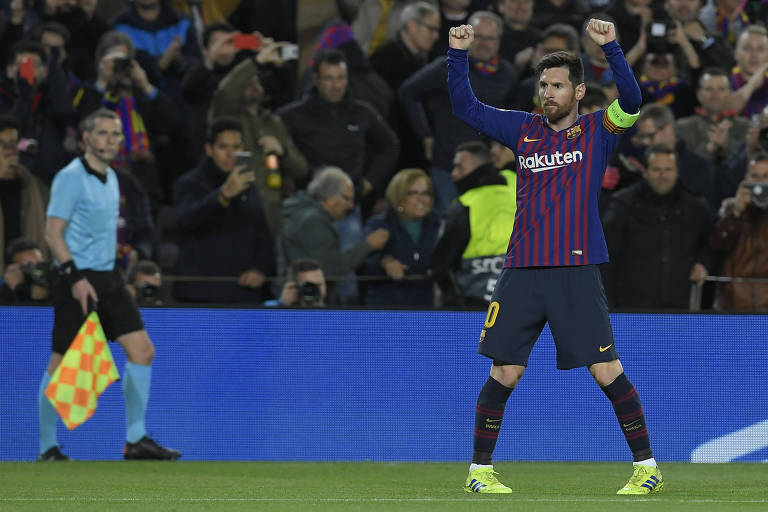 Lionel Messi após marcar seu segundo gol na goleada do Barcelona sobre o Lyon, pelas oitavas de final da Liga dos Campeões