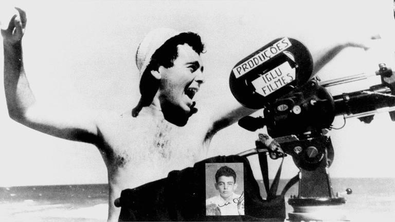 """Glauber Rocha durante as filmagens de """"Barravento"""""""