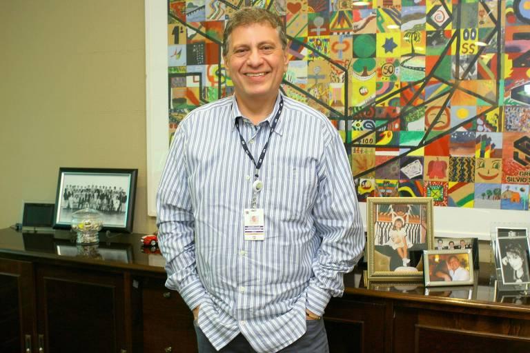 Guilherme Stoliar, presidente do Grupo Silvio Santos, em seu escritório