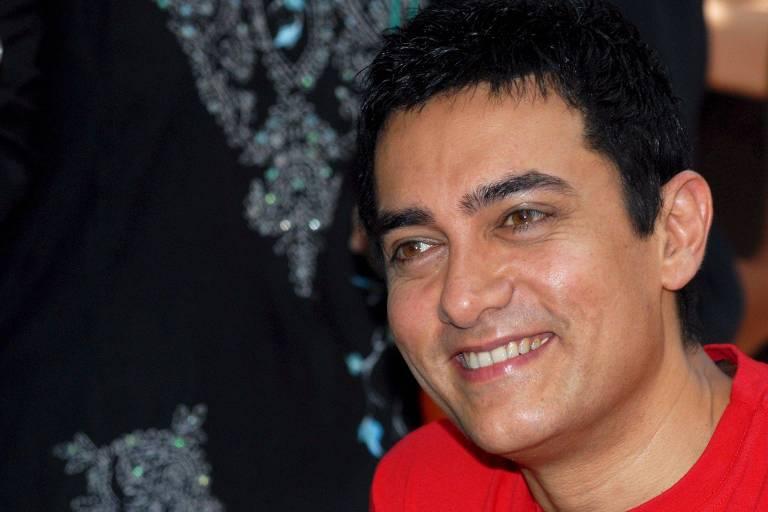 O ator Aamir Khan no seu aniversário de 44 anos, em 2010
