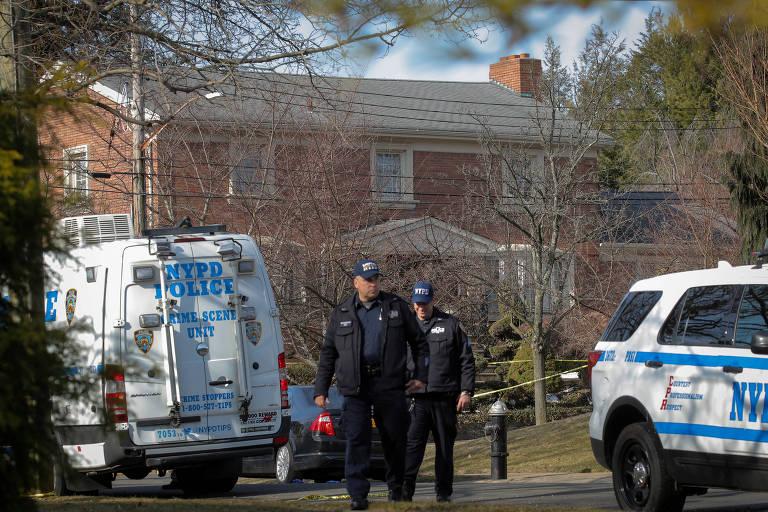 """Policiais investigam local onde Francesco """"Frank Boy"""" Cali foi assassinado em Nova York"""