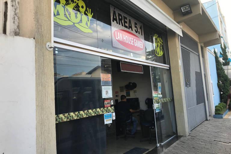 LAN House frequentada por Guilherme Taucci Monteiro e Luiz Henrique de Castro, atiradores de atentado em escola de Suzano (SP).