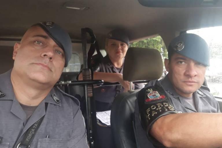 O sargento Anderson Camargo, o cabo Vantuir Diniz e a cabo Ariana Torres