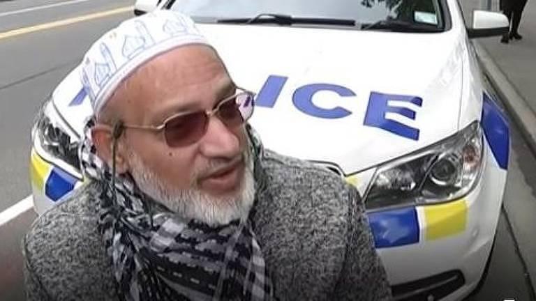 'Ouvia gritos, gente chorando. Vi algumas pessoas caírem mortas', diz Ahmed