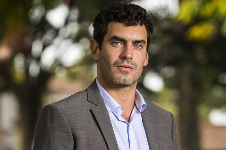 """Nikolas Antunes, como Marcelo, em """"Espelho da Vida"""""""