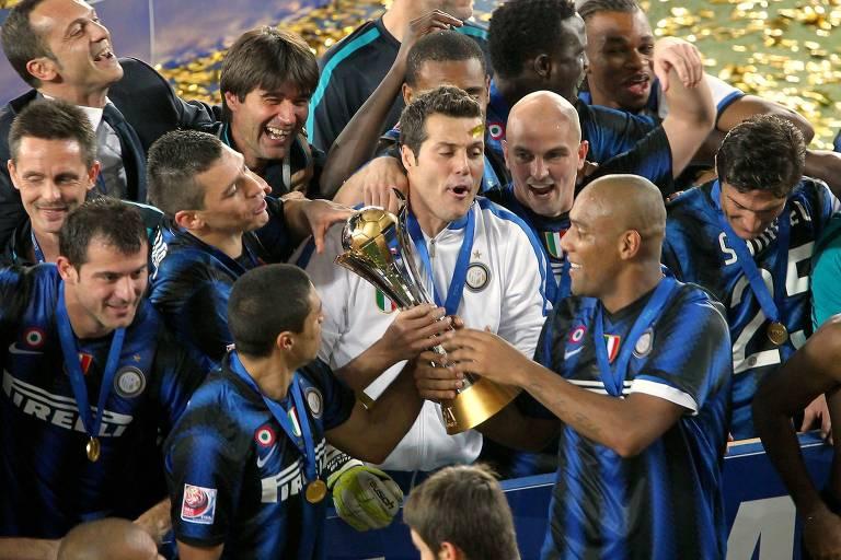 Jogadores da Inter de Milão comemoram o título da Champions em 2010
