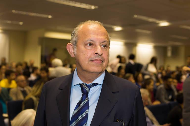 O advogado Alberto Zacharias Toron durante evento na PUC-SP, na capital paulista