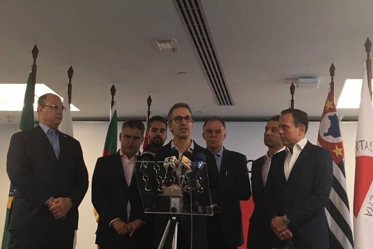 O governador de Minas, Romeu Zema, fala durante encontro de governadores do Sul e Sudeste