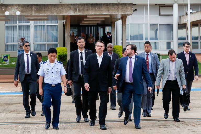 Presidente da República, Jair Bolsonaro, durante partida de Brasília para Washington