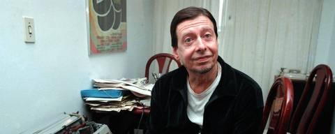 ORG XMIT: 534001_0.tif Literatura: o escritor brasileiro de livros infat--juvenis João Caros Marinho. (São Paulo (SP), 06.08.1991. Foto de Bel Pedrosa/Folhapress)