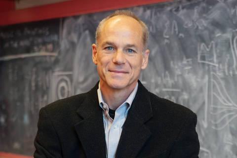 O físico brasileiro Marcelo Gleiser, 60, professor do Dartmouth College (EUA) e vencedor do Prêmio Templeton