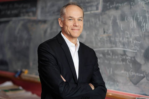 Brazilian physicist and astronomer Marcelo Gleiser, the winner of the $1.4 million 2019 Templeton Prize for his work blending science and spirituality, is shown in Hanover, New Hampshire, U.S., February 27, 2019. Eli Burakian/Dartmouth College/Handout via REUTERS  ATTENTION EDITORS - THIS IMAGE WAS PROVIDED BY A THIRD PARTY. NO RESALES. NO ARCHIVE. ORG XMIT: HFS-TOR402
