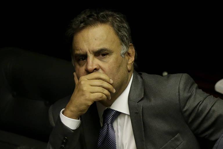 O deputado federal Aécio Neves (PSDB-MG) durante votação no plenário para eleger o presidente da Câmara