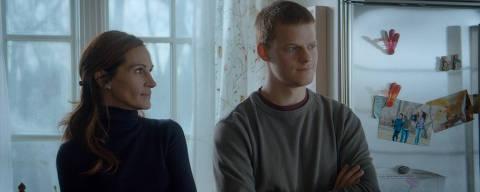 Julia Roberts e Lucas Hedges em