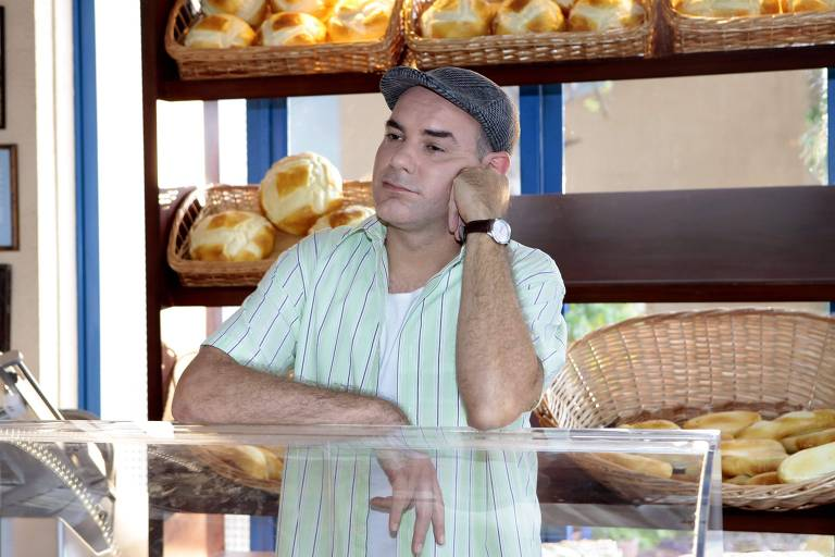 Roger infesta padaria de Durval (foto) com baratas