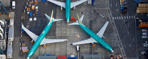An aerial photo shows Boeing 737 MAX airplanes parked on the tarmac at the Boeing Factory in Renton, Washington, U.S. March 21, 2019.  REUTERS/Lindsey Wasson   TPX IMAGES OF THE DAY ORG XMIT: GGG-REN1012