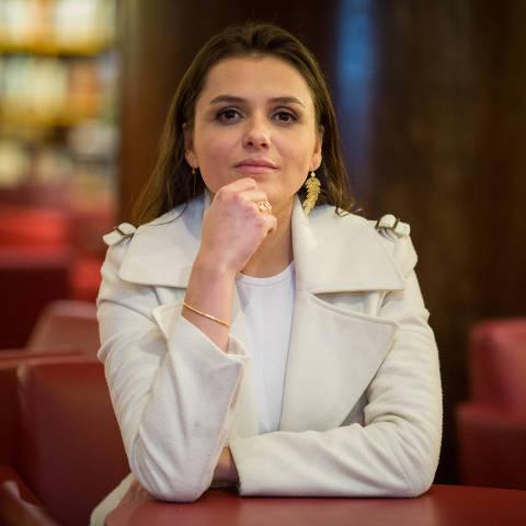 São Paulo, 24/10/2017 -entrevista com Monica Iozzi. Foto: Mastrangelo Reino/ Folhapress ****EXCLUSIVO MONICA BERGAMO*****