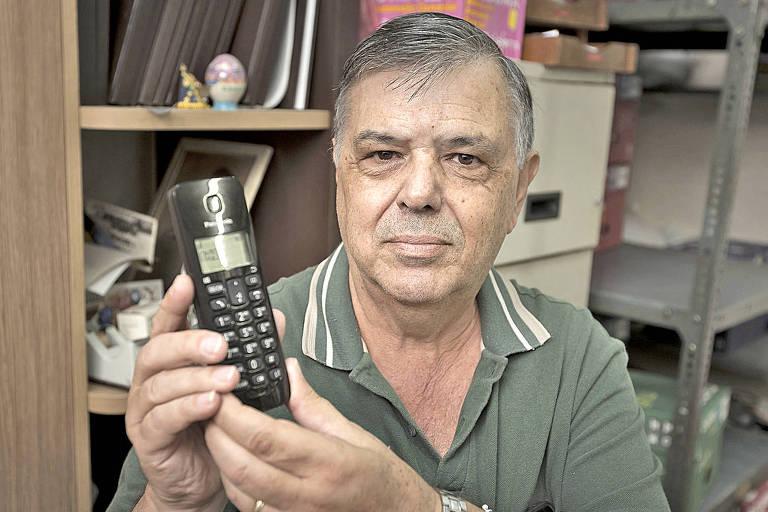 Marcelo Dionisi informa a cobradores que desconhece pessoa que a Net procura para negociar dívida, mas é  ignorado