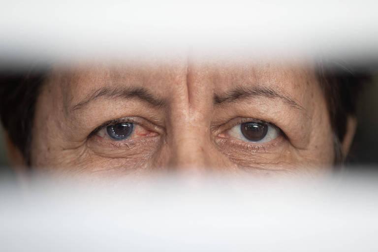 Foto mostra somente os olhos de Maria Aparecida Codinholo Lopes