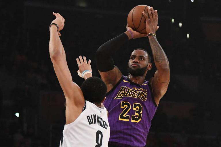 Derrota do Lakers deixa LeBron fora dos playoffs pela primeira vez desde 2005
