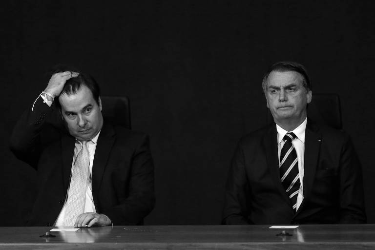 Rodrigo Maia e Jair Bolsonaro durante solenidade de posse de procuradores do Ministério Público, em Brasília, em janeiro deste ano