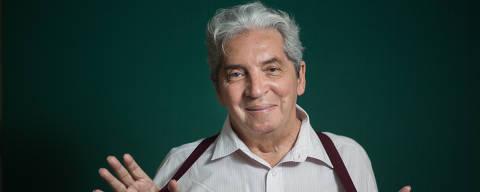 RIO DE JANEIRO, RJ, BRASIL, 17-10-2014, 14h30: Retrato do diretor e cineasta Domingos de Oliveira, que está lançando sua autobiografia bem no momento em que ele não consegue achar distribuidor para seu filme mais recente,