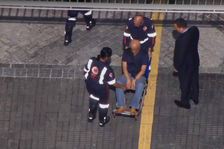 Coronel Lima é preso pela PF e levado de ambulância para hospital em São Paulo