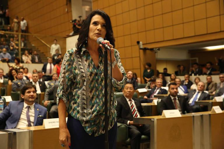 A deputada estadual Valéria Bolsonaro (PSL) toma posse na Assembleia Legislativa de São Paulo