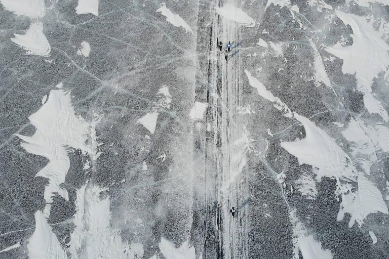 Maratona em lago congelado