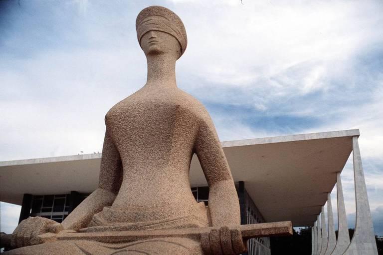 Justiça do Trabalho tem dívida de R$ 1 bilhão com servidores e juízes